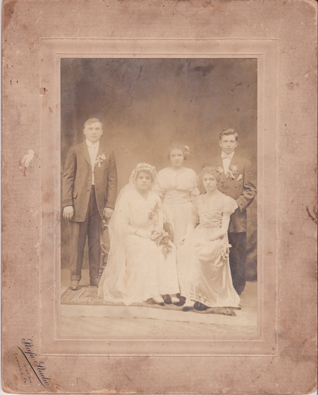 Wedding of Sophie Satkiewicz to Jan Rozenek - photograph taken at the Stafa Studio, 13 - 4th Ave., Carnegie, PA.