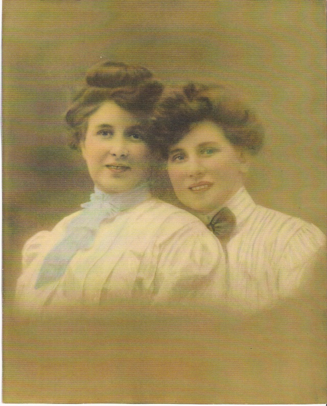 Nellie and Lizzie Doran ~ Photo curtsey of Bob Ruthazer, and the Pearson family.