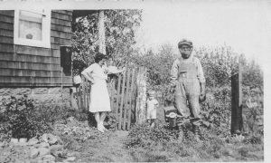 Joe Mirota in his beekeeping gear.  Sister-in-law Jean keeping an eye on her son Stephen.