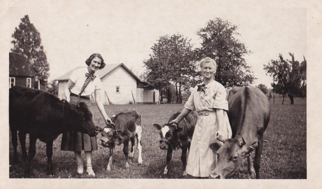 Mary and Sophia Mirota - 1937
